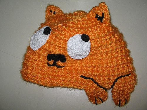 Greedy kitty cap