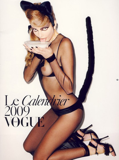 terry-richardson-vogue-2009-calendar-2