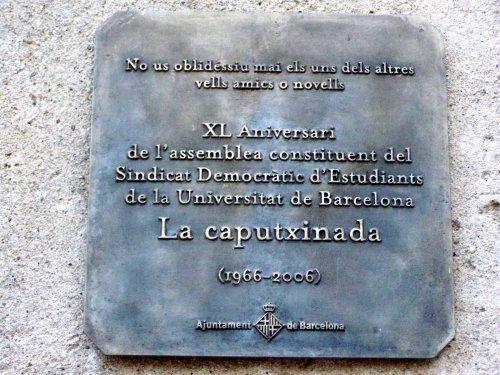placa conmemorativa caputxinada
